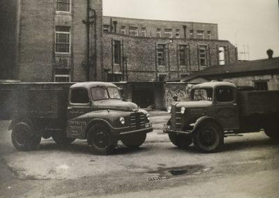 Austin Loadstar 52-34 and Austin K4 1949